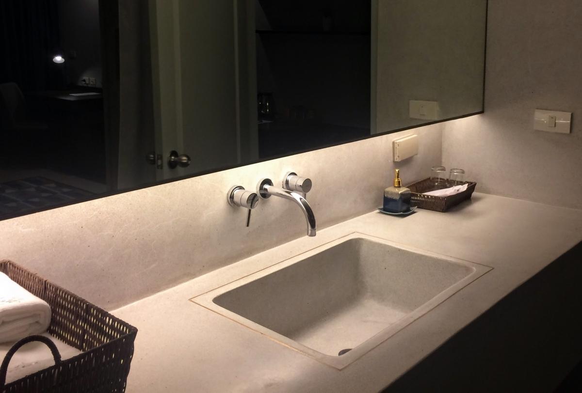 نمونه هایی از زیباترین و مدرن ترین سرویس بهداشتی لوکس و نحوه طراحی آن15